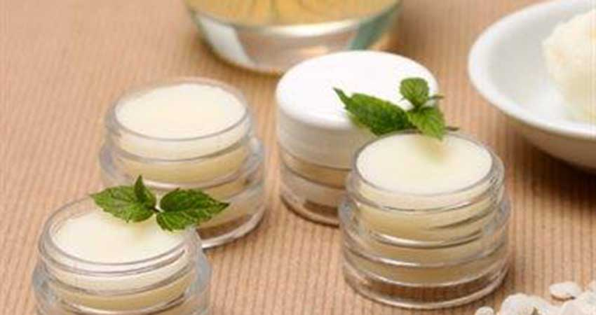 Lotus Community Corner Healing Lip Balm: Essential Oils Workshop