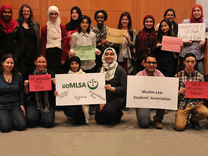 University of Ottawa Law Students take photos in solidarity with veiled Muslim women who are being denied services in Canada.