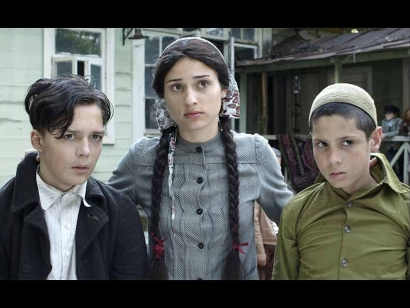 Ukrainian Film about Muslim Crimean Tatar Woman Who Saved Jewish Children During WWII Screening in Ottawa, Toronto