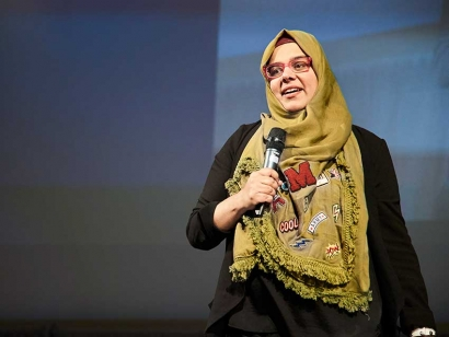 Persevering as a Stand-Up Comedian: Learn From Shelina Merani at the Largest Muslim Conference in Ottawa This Saturday
